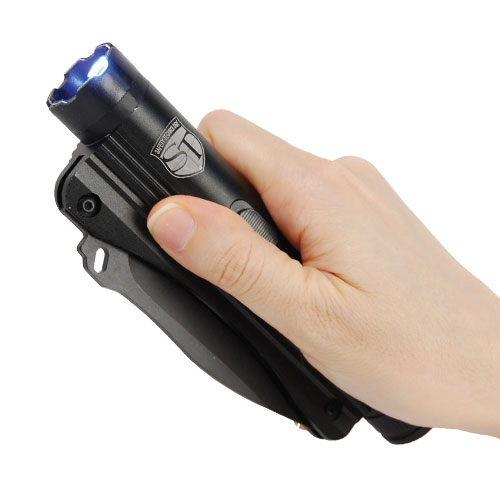 20 Million Volt Stun Knife and Flashlight